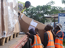 SOS Medical staff unloading supplies
